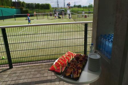 tenisovy tabor.JPG